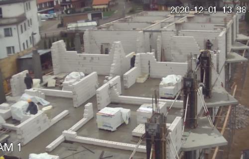 Budowa w połowie III kondygnacji